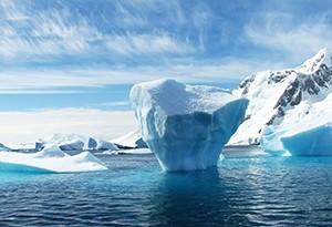 Vědci v Antarktidě letos zažili značné množství prachových bouří