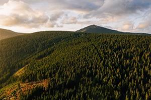 Návštěvnost Krkonoš byla loni 2. nejvyšší za posledních devět let