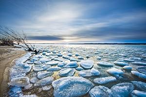 Úbytek ledu na zemi se podle vědců překvapivě zrychlil