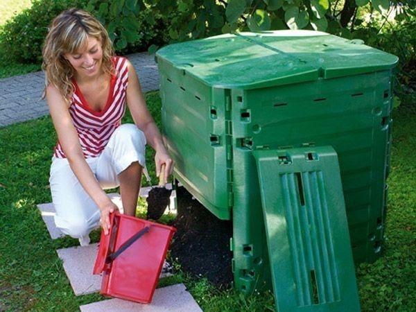 Klimkovice (Ostrava) bezplatně rozdělují mezi obyvatele 700 kompostérů