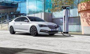 Prodej hybridů v pololetí stoupl o 174 procent na 11.063 aut