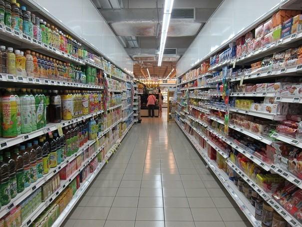 Výzkum: Pro potraviny chodíme nejradši do supermarketu, 9 z 10 Čechů zajímá země původu produktů.