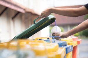 Pardubice kvůli nedostatku místa používají kontejnery na tři typy odpadů